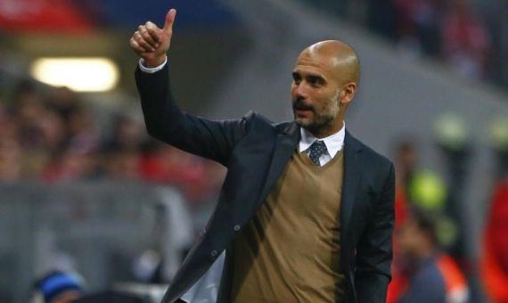 Pep Guardiola en un partido del Manchester City / EFE